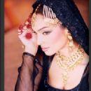 Amna Haq - 322 x 451