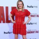 Elisabeth Moss – The Hulu's 'The Handmaid's Tale' Season 3 Finale in Westwood - 454 x 681