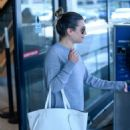 Lea Michele – Arrives at LAX Airport in Los Angeles - 454 x 611