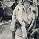 Ursula Andress - 204 x 539