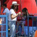 Jenna Dewan Tatum – Shopping at the Farmer's Market in Studio City
