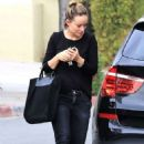 Olivia Wilde – Leaving a business lunch in Los Angeles - 454 x 681
