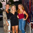 Kendra Wilkinson has a Girls Night Out at Craigs - 454 x 624