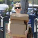 Judy Greer – Leaving the post office in Los Angeles - 454 x 600