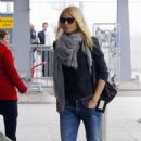 Gwyneth Paltrow's Post-Thanksgiving London Departure