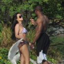 Kim Kardashian - On Vacation In Costa Rica - March 6, 2010 - 454 x 626