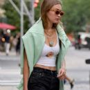 Gigi Hadid – Seen while Out in NYC
