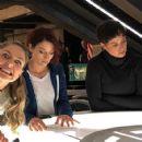 Agent Danvers and Agent Vasquez in Supergirl - 424 x 427