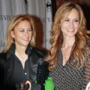 Chely Wright and Lauren Blitzer - 454 x 399