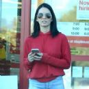 Olivia Munn Shopping at Staples in Los Angeles - 454 x 626