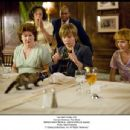 MARGO MARTINDALE, JASON EARLES (center) in Walt Disney Studios Motion Pictures' Hannah Montana: The Movie. Photo: Sam Emerson Hannah Montana The Movie '© Disney Enterprises, Inc. All Rights Reserved.'