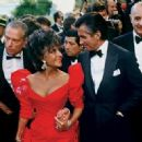 Elizabeth Taylor and George Hamilton - 407 x 322