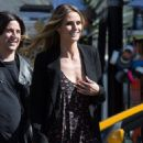 Heidi Klum spotted on the set of 'Ocean's Eight' in Los Angeles, California on March 6, 2017 - 454 x 595