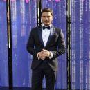 Julián Gil- TVyNovelas Awards 2016 - 454 x 681