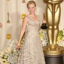 Reese witherspoon At The 78th Annual Academy Awards - Press Room (2006) - 454 x 668