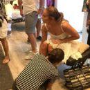 Jennifer Lopez – Sshopping in Capri