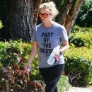Ashley Benson heads to the gym in West Hollywood on March 28, 2016 - 384 x 600