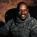Avery Brooks - 454 x 572