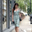 Daisy Lowe – Spotted while out walking her dog in London - 454 x 603