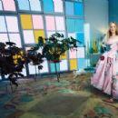 Dakota Fanning - Vogue Magazine Pictorial [Australia] (February 2018) - 454 x 303
