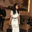 Selena Gomez Lax Airport In Los Angeles