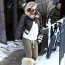 Kate Hudson And Matt Bellamy Out Christmas Shopping in Aspen