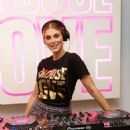 Ashley James – Choose Love Pop-Up Store Event in London