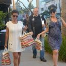 Amber Rose and Her Mom Have Lunch at the Cheesecake Factory in Sherman Oaks, California - November 20, 2012