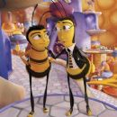 (Left to right) Barry B. Benson (JERRY SEINFELD) and best friend Adam Flayman (MATTHEW BRODERICK) in DreamWorks' BEE MOVIE, to be released by Paramount Pictures in November 2007. Photo Credit: DreamWorks Animation L.L.C. - 454 x 255