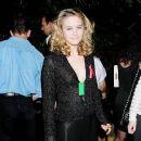 Alicia Silverstone At The 1995 MTV Movie Awards - 403 x 378