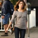 "Shenae Grimes was spotted on the set of her hit teen drama show ""90210"" yesterday afternoon (November 9)."