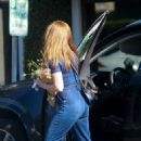Isla Fisher – Shopping in Beverly Hills