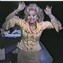Linda Hart as Velma Von Tussle in Hairspray - 454 x 451