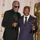 Morgan Freeman and Jamie Foxx - The 77th Annual Academy Awards - Press Room (2005)