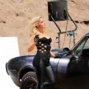 Heidi Range - Candids From A Video Shoot In California, 22.09.2009.