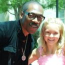 Kaylee Dodson & Eddie Murphy on the Red Carpet of Imagine That 2009