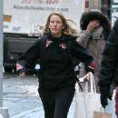Ellie Goulding – Shopping in New York City - 454 x 751