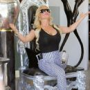 Coco Austin, Queen for a day