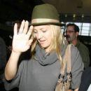 Kate Hudson - LAX Airport Candids, 30.10.2008.