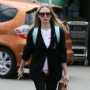 Amanda Seyfried at Whole Foods in Los Angeles - 454 x 549