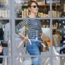 Actress Emma Stone is seen leaving the Meche Salon in West Hollywood, California on June 8, 2016 - 380 x 600