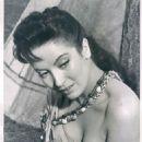 Linda Cristal - 454 x 594