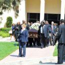 Michael Clarke Duncan's Funeral - 454 x 316