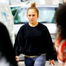 Jennifer Lopez – Goes makeup free out in New York City