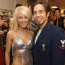 Apolo Ohno and Julianne Hough