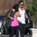 Colin Farrell & His Sister Claudine Hit Up A Yoga Class - 429 x 594
