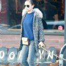Nicole Richie and Joel Madden out shopping with their dog in West Hollywood, California on December 27, 2013 - 414 x 594