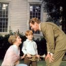 Robert Preston, Shirley Jones and Ron Howard In The 1962 Film Musical THE MUSIC MAN - 236 x 330