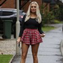Amber Turner in Mini Skirt – Out in Brentwood - 454 x 652