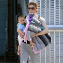 Ellen Pompeo Heading To Yoga With Her Daughter